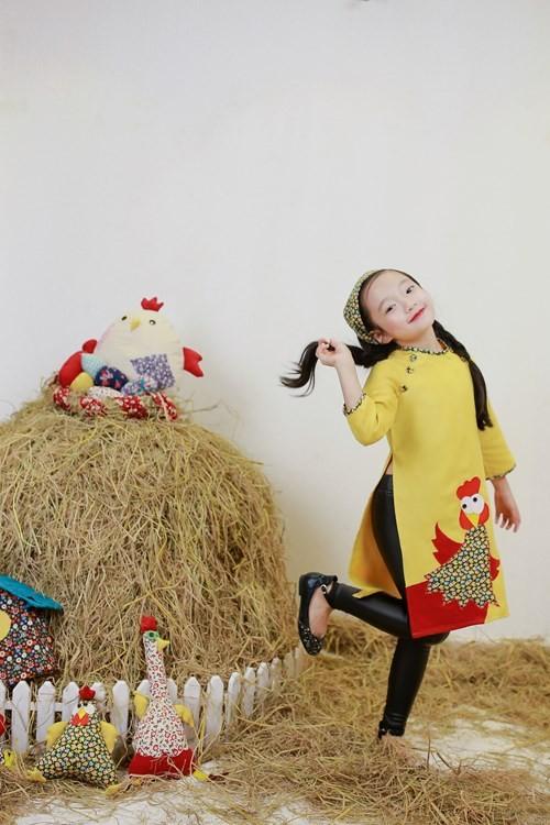BST áo dài con gà dành riêng cho bé năm Đinh Dậu - ảnh 4