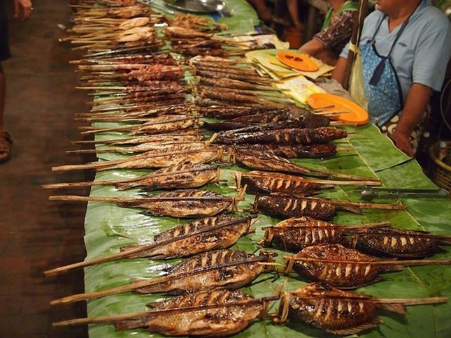 10 chợ đêm Việt Nam tấp nập du khách  - ảnh 9