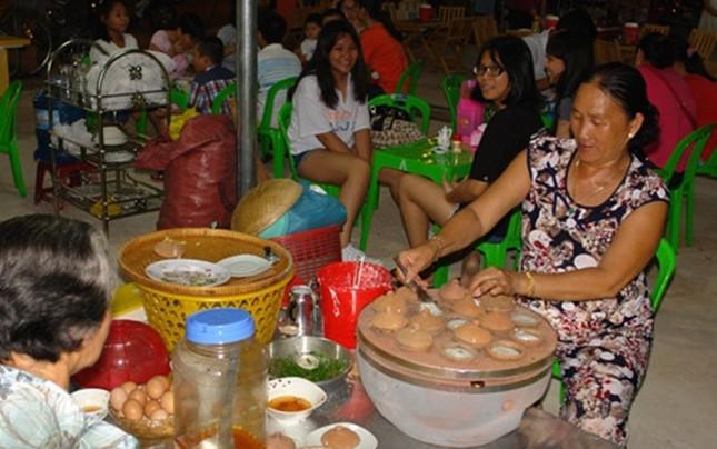 10 chợ đêm Việt Nam tấp nập du khách  - ảnh 6