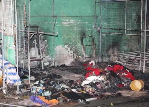 Hơn 40 xe bị thiêu rụi trong vụ cháy cây xăng ở Sài Gòn - ảnh 5
