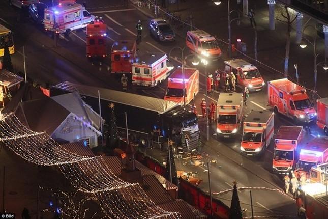 Thủ tướng Đức: Vụ đâm xe tải ở Berlin là 'hành động khủng bố' - ảnh 1