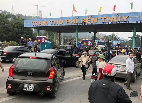 Phó thủ tướng yêu cầu báo cáo 'có hay không lợi ích nhóm ở trạm Bến Thủy' - ảnh 1