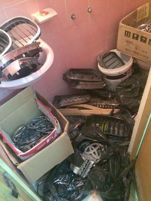 Xóa đường dây mua bán phụ tùng ôtô trộm cắp ở chợ Trời  - ảnh 1