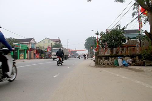 Quốc lộ 'cong mềm mại' để tránh nhà thờ họ Đặng ở Hà Tĩnh - ảnh 1