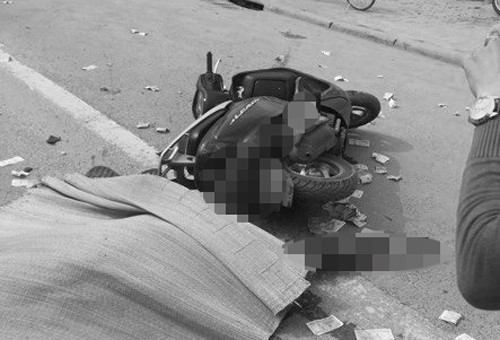 Dân đuổi chặn xe bêtông cán tử vong cô gái đi xe tay ga - ảnh 1