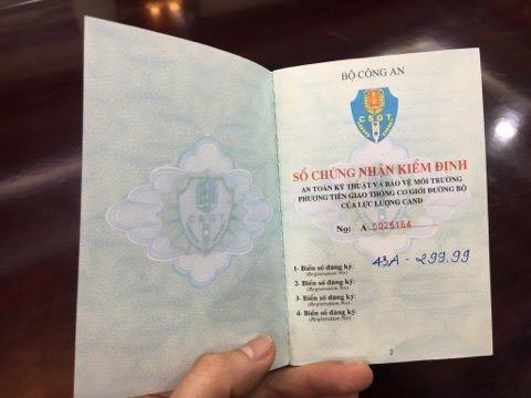 Bí thư Đà Nẵng bác thông tin đi ôtô biển giả 299.99 - ảnh 1