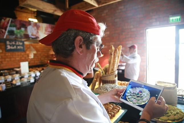 Đầu bếp Bà Nà Hills 'trổ tài' với 12 đầu bếp quốc tế - ảnh 4