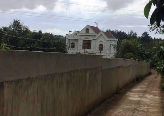 Vợ của Phó ban nội chính Tỉnh ủy Đắk Lắk xây biệt thự trái phép - ảnh 1