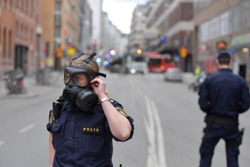 Khủng bố bằng xe tải ở thủ đô Thụy Điển, ba người chết - ảnh 1