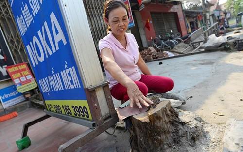 Bí thư Hà Nội: Nhiều quận, huyện làm hơi quá khi dọn dẹp vỉa hè - ảnh 1