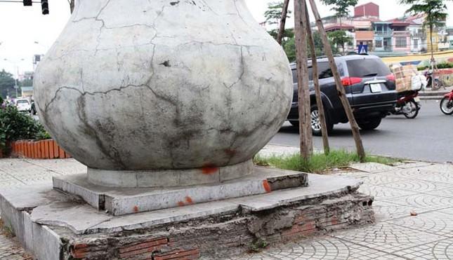 Cột đồng hồ kỷ niệm 1.000 năm Thăng Long ngừng hoạt động - ảnh 2