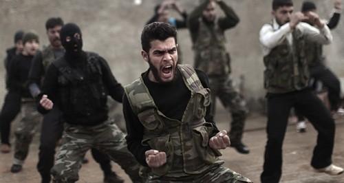 Trump nguy cơ giẫm vết xe đổ của Obama tại Syria - ảnh 1