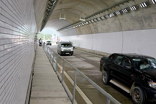 Thông xe hầm Đèo Cả, thời gian qua đèo chỉ còn 10 phút - ảnh 1