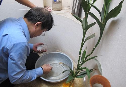 Chủ tịch Hà Nội: 'Người dân nghi ngại thuốc phun chống sốt xuất huyết' - ảnh 1