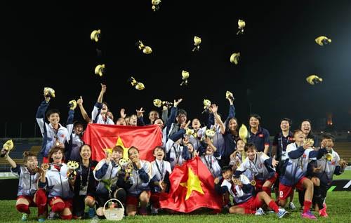 HLV Mai Đức Chung dẫn dắt tuyển Việt Nam - ảnh 1