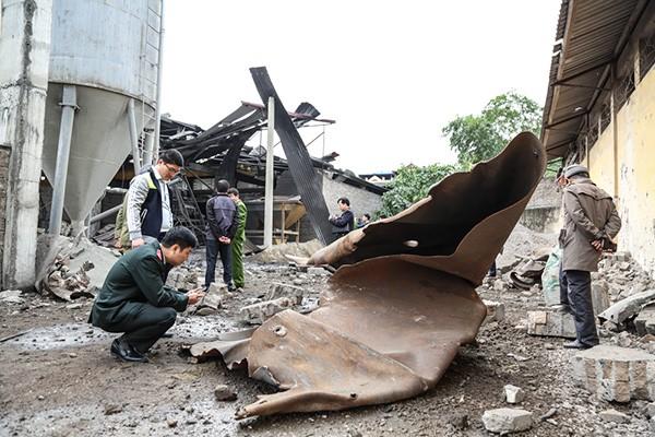 Hiện trường tan hoang sau vụ nổ lò hơi làm 8 người thương vong - ảnh 3