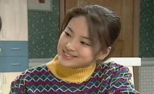 Những vai diễn gây 'bão' của Song Hye Kyo qua 20 năm - ảnh 2