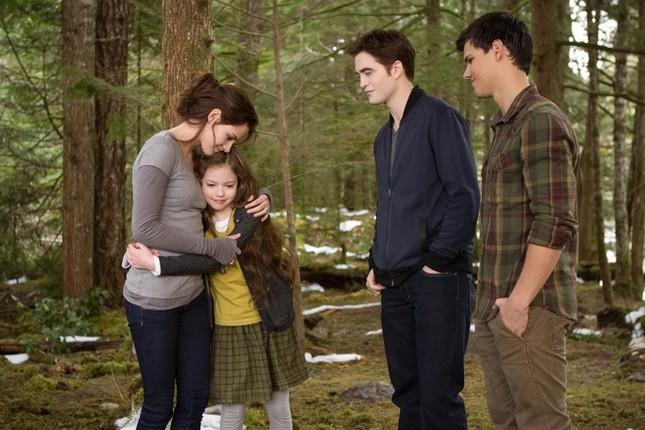 Mackenzie Foy - từ cô bé đóng 'Twilight' đến mỹ nhân 16 tuổi - ảnh 2