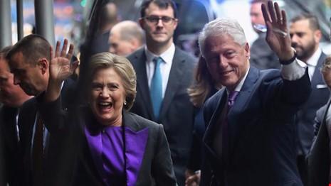 Bà Clinton là ứng viên đầu tiên nói xin lỗi khi thất cử - ảnh 1