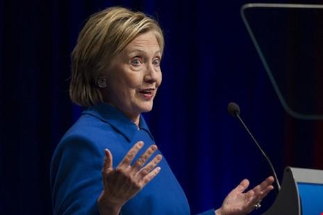 Bà Clinton xuất hiện sau thất bại - ảnh 1