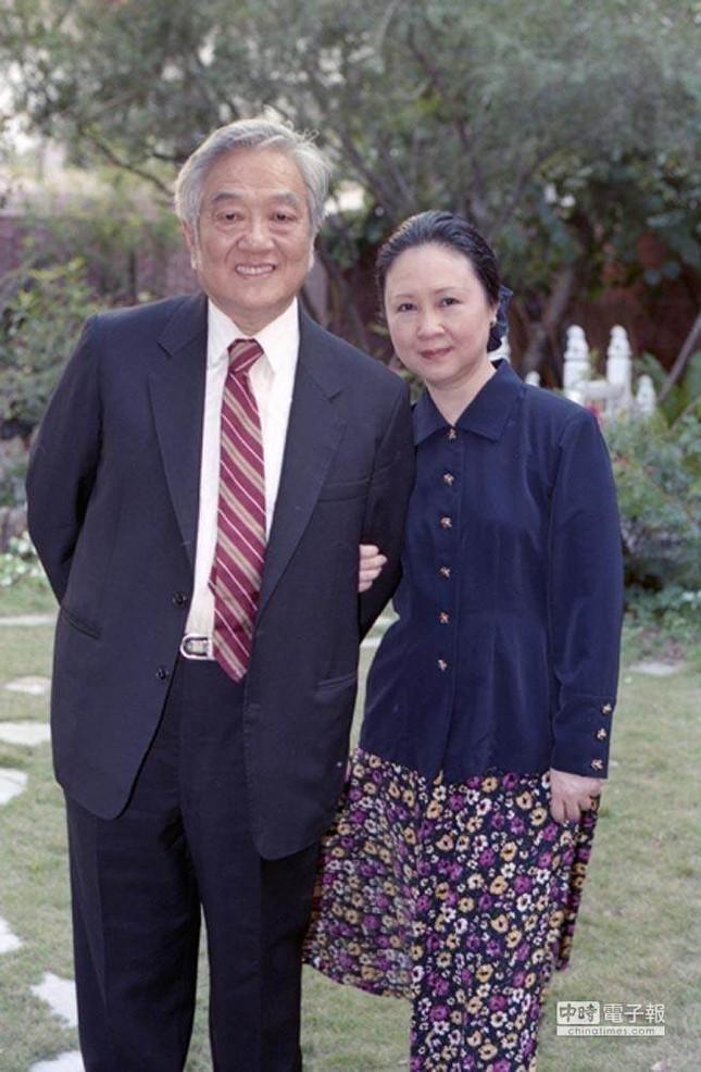 Mẹ đẻ 'Hoàn Châu cách cách' và chuyện cướp chồng suốt 16 năm - ảnh 2