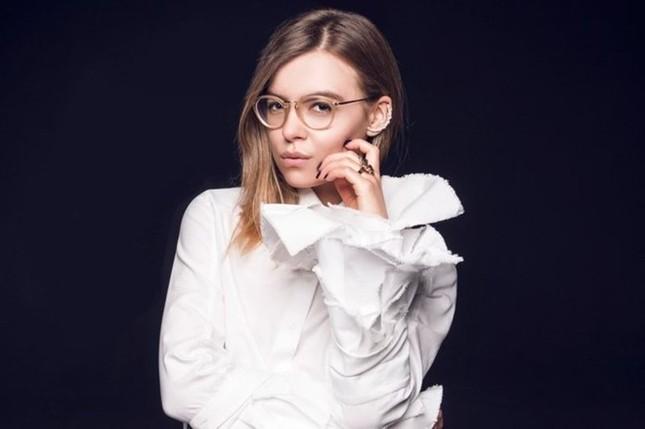 Chính trường Ukraine dậy sóng vì các nữ quan chức trẻ xinh - ảnh 1