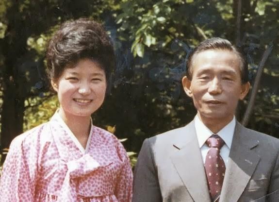 Vì sao Tổng thống Hàn Quốc không từ chức? - ảnh 2