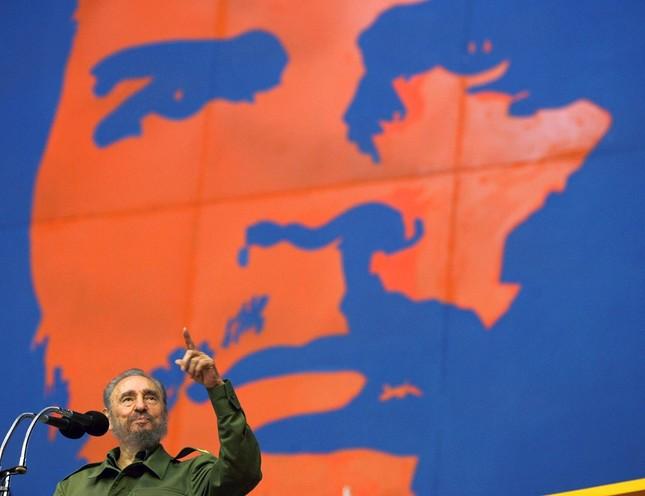 Lãnh tụ Fidel Castro và những khoảnh khắc lịch sử - ảnh 13