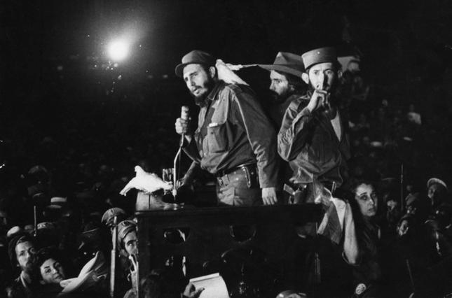 Lãnh tụ Fidel Castro và những khoảnh khắc lịch sử - ảnh 4