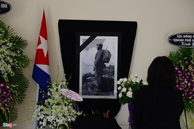Bí thư Đinh La Thăng viếng lãnh tụ Fidel Castro - ảnh 6