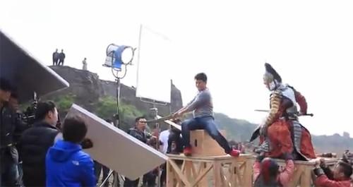 Hậu trường bay nhảy, cưỡi ngựa trong phim cổ trang Hoa ngữ - ảnh 10