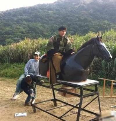 Hậu trường bay nhảy, cưỡi ngựa trong phim cổ trang Hoa ngữ - ảnh 11