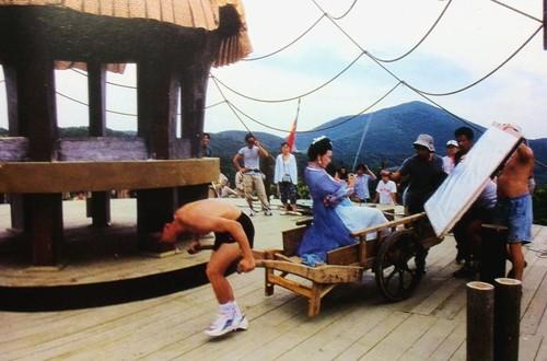 Hậu trường bay nhảy, cưỡi ngựa trong phim cổ trang Hoa ngữ - ảnh 4