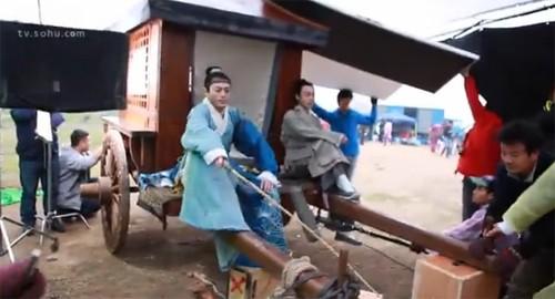 Hậu trường bay nhảy, cưỡi ngựa trong phim cổ trang Hoa ngữ - ảnh 8