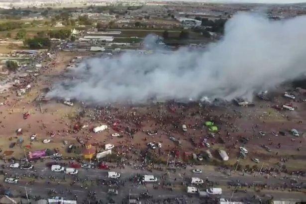 Nổ lớn ở chợ pháo hoa Mexico, 27 người chết - ảnh 1