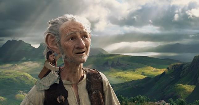 Disney lập kỷ lục vô tiền khoáng hậu trong lịch sử điện ảnh - ảnh 1