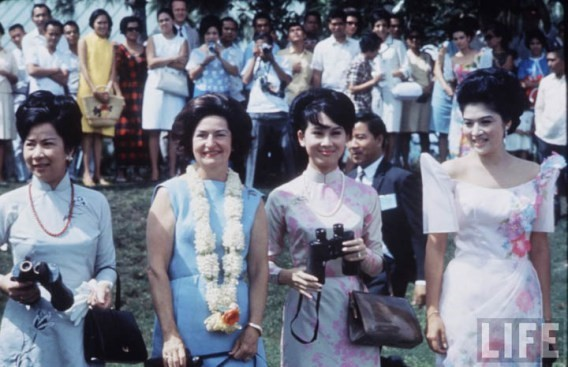 Mẹ MC Kỳ Duyên và những dấu ấn một mỹ nhân Sài Gòn - ảnh 1