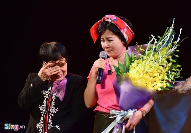 NSƯT Minh Hằng khóc nức nở trong đêm diễn trước khi về hưu - ảnh 1