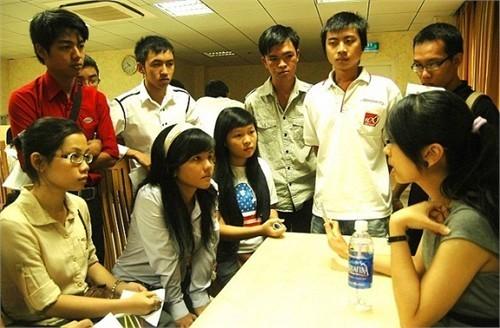 Trưởng phòng tại Việt Nam nhận lương 100 triệu đồng/tháng - ảnh 1