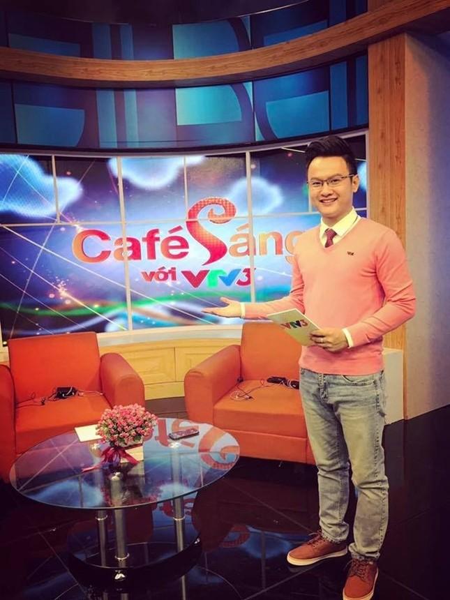 MC Cà phê sáng tiết lộ thu nhập và áp lực tại VTV - ảnh 1