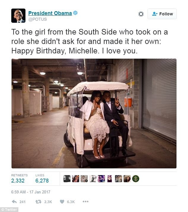 Obama nhắn 'Anh yêu em' trong ngày sinh nhật vợ - ảnh 1