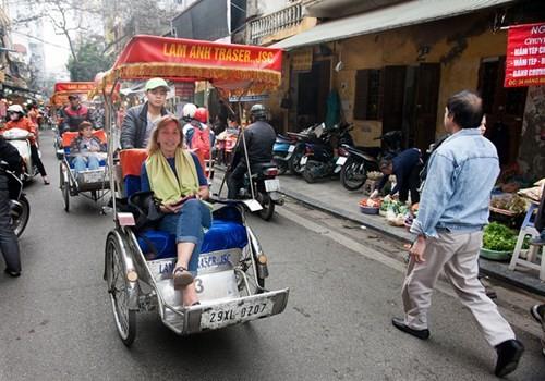 Sắm Tết ở 'chợ nhà giàu' giữa phố cổ Hà Nội - ảnh 16