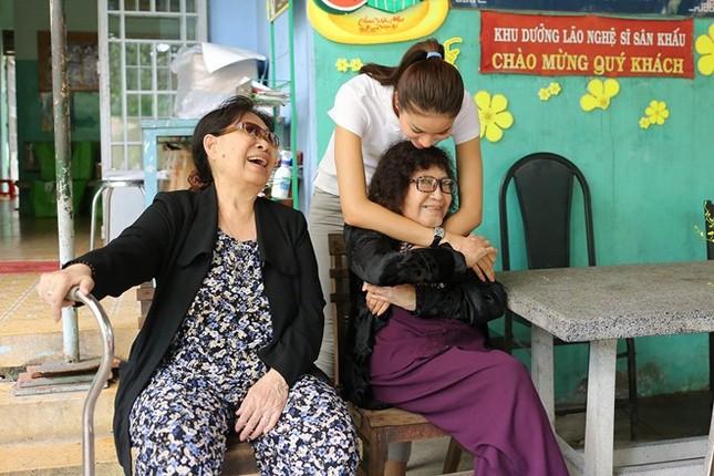 Nỗi lòng của nghệ sĩ neo đơn đón Tết ở viện dưỡng lão - ảnh 2