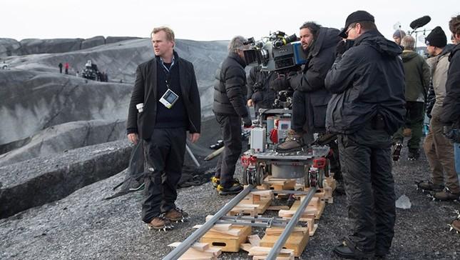 Hollywood vẫn ồ ạt quay phim ở Pháp sau vụ khủng bố - ảnh 1