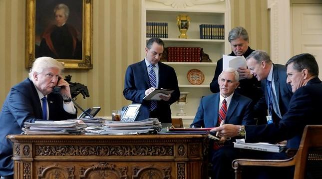 Đằng sau sự rút lui của cố vấn an ninh quốc gia Mỹ - ảnh 1