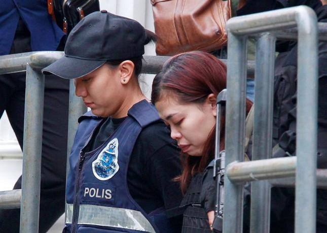 Đoàn Thị Hương từng tập dượt xịt chất lỏng ở Campuchia? - ảnh 1