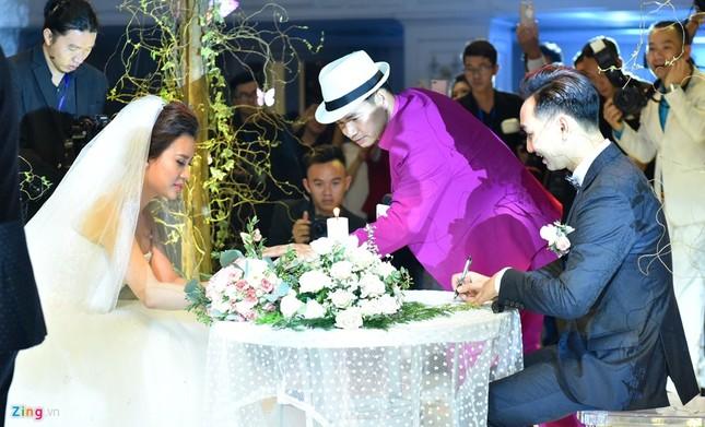 MC Thành Trung và vợ 9X ký hợp đồng, kê khai tài sản ở hôn lễ - ảnh 8