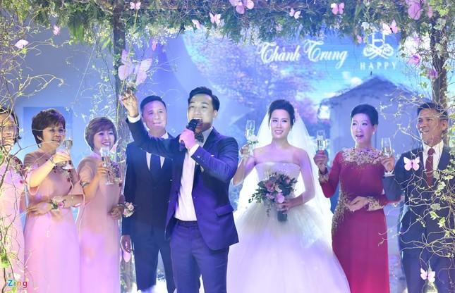 MC Thành Trung và vợ 9X ký hợp đồng, kê khai tài sản ở hôn lễ - ảnh 9