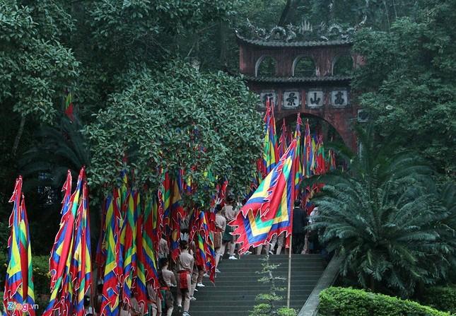 Chủ tịch nước dâng hương tưởng niệm các Vua Hùng - ảnh 3
