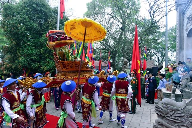 Chủ tịch nước dâng hương tưởng niệm các Vua Hùng - ảnh 4